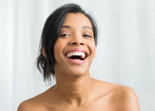 Quels sont les bénéfices du shampoing solide 100% naturel de Aullyn ?